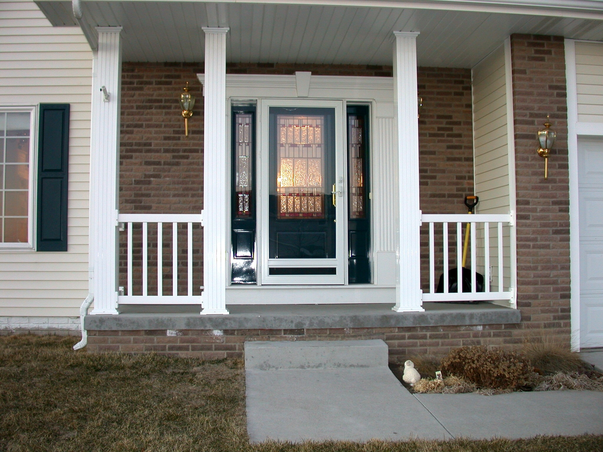 welcome to our gallery of entry doors this is just a small sampling of some of the great doors we have installed on homes a great entry door adds to the